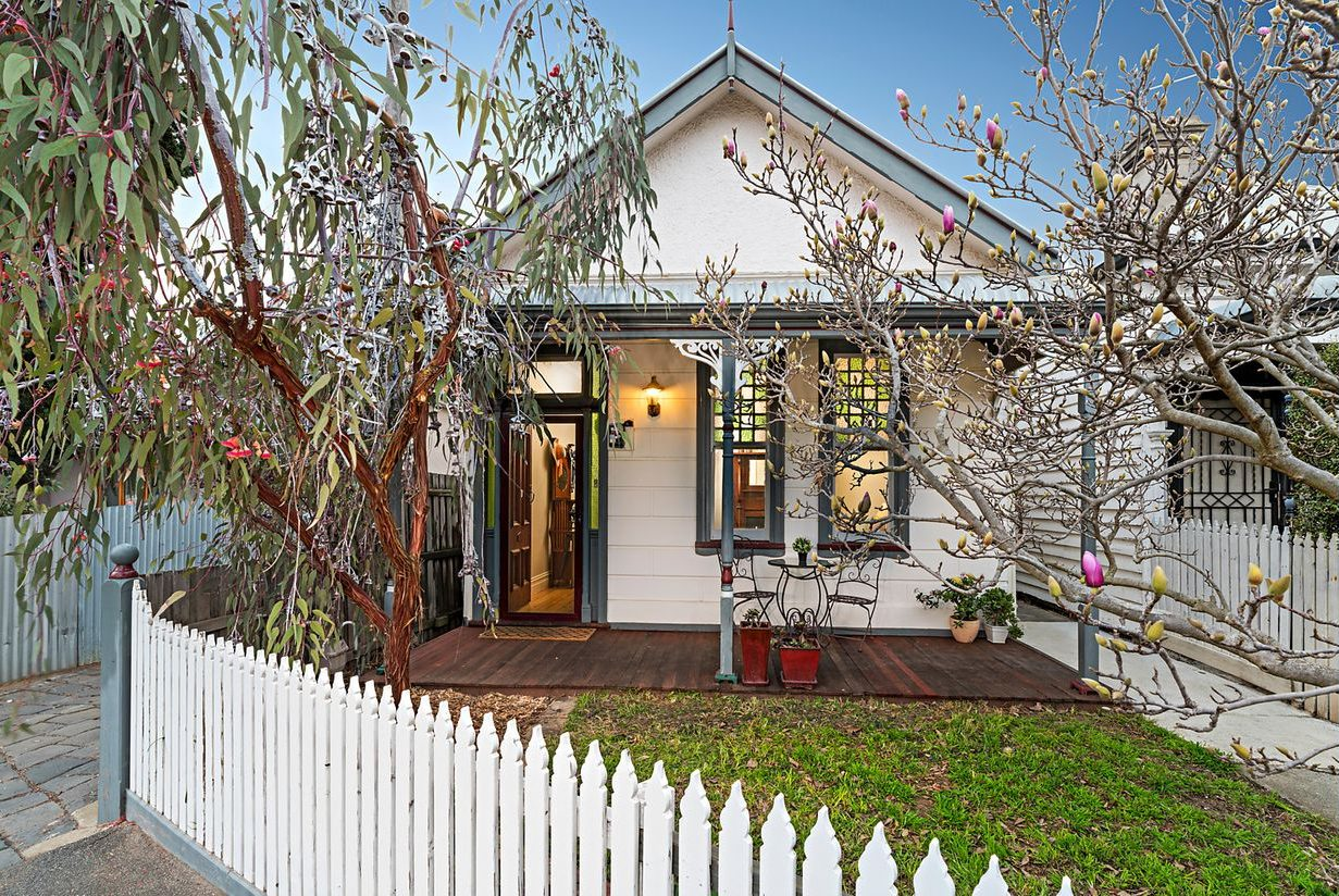 Charming Home for Busy Professional in Quiet Brunswick West